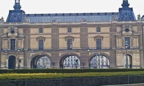 Zdjecie FRANCJA / - / Paryż / Muzeum Luwr
