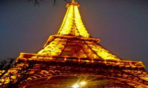 Zdjecie FRANCJA / - / Paryż / konkurs - nocne spojrzenie na Eiffel Tower
