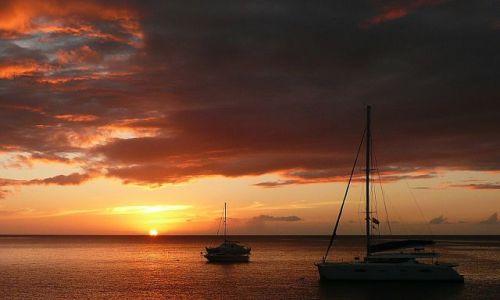 Zdjecie FRANCJA / Ile des Sainties / wyspy zawietrzne / Postój na Wyspach Wszystkich Świętych
