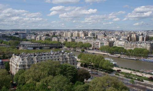 Zdjecie FRANCJA / Paryż / Paryż / Widok z pierwszego piętra Wieży Eiffla