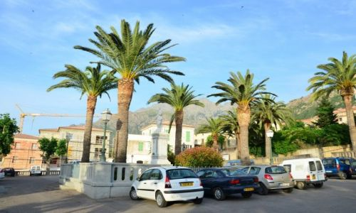FRANCJA / Korsyka / Calenzana / Centrum