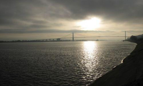 FRANCJA / Normandia / le hode / Most na rzece Rouen