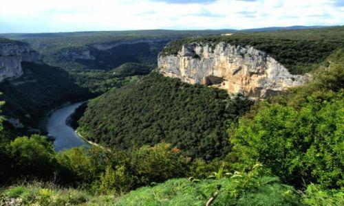 Zdjecie FRANCJA / Kraina Ardeche / rzeka Ardeche / Wąwóz rzeki Ardeche