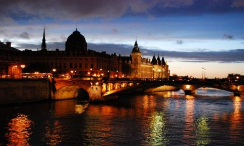 Zdjęcie FRANCJA / Ile de France / Paryż / Nad Sekwaną