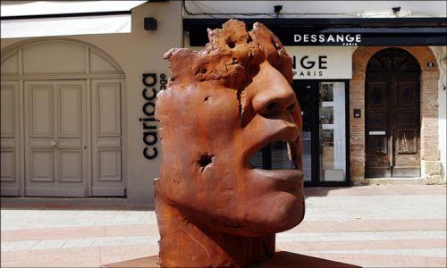 Zdjecie FRANCJA / Korsyka / Porto-Vecchio  / Rzeźba w Porto-Vecchio