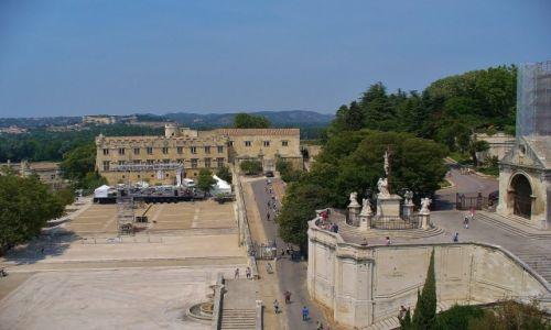 Zdjęcie FRANCJA / Prowansja / Avignon / Avignon, widok na mały pałac, muzeum sztuki