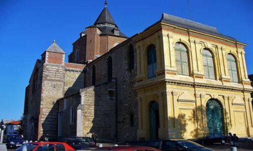 FRANCJA / Haute-Pyrenees / Tarbes / Tarbes, katedra