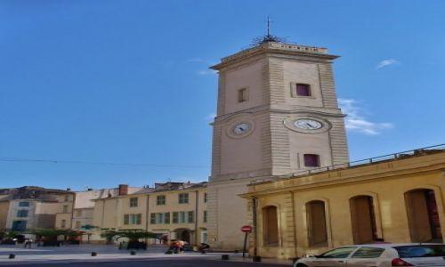 Zdjęcie FRANCJA /  Langwedocja-Roussillon / Nimes / Nimes, wierza zegarowa
