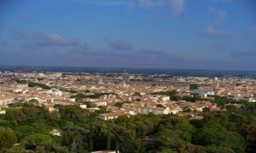 FRANCJA / Langwedocja-Roussillon / Nimes / Nimes, panorama miasta z wieży
