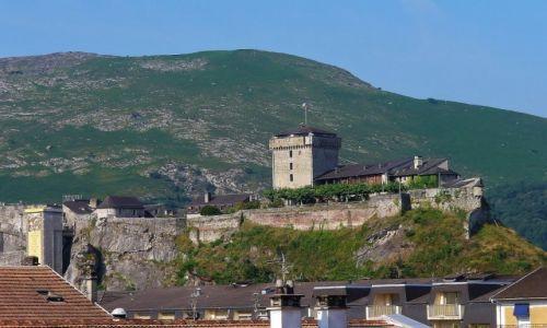 Zdjęcie FRANCJA / Haute Pyrenees / Lourdes / Lourdes, chateau fort