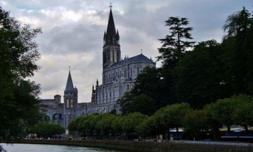 Zdjęcie FRANCJA / Haute Pyrenees / Lourdes / Lourdes, bazylika