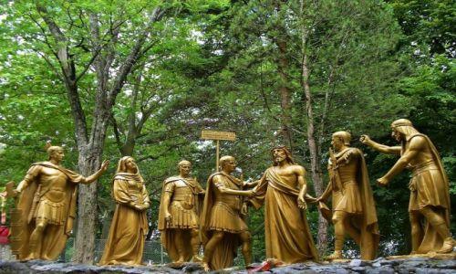 Zdjęcie FRANCJA / Haute Pyrenees / Lourdes / Lourdes, droga krzyżowa