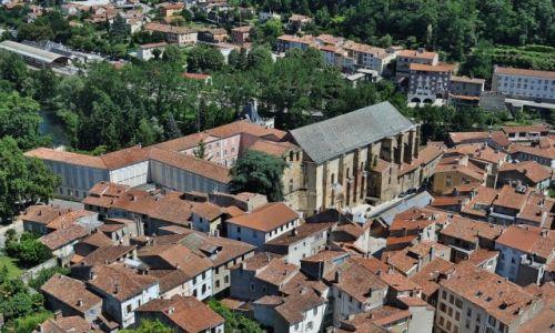 FRANCJA / Midi-Pyrénées / Foix / Foix, widok na opactwo