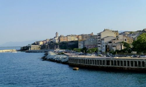 Zdjecie FRANCJA / Korsyka / na promie / widok na Bastię