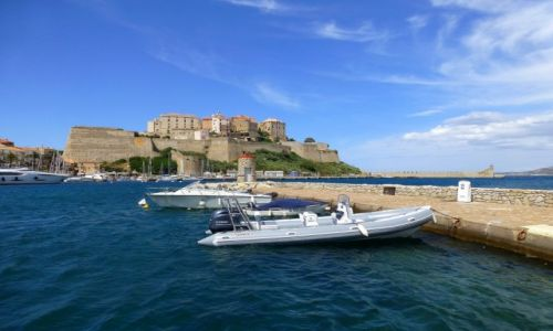 Zdjecie FRANCJA / Korsyka / Calvi / widok na twierdzę w Calvi