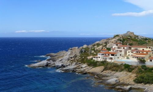 Zdjęcie FRANCJA / Korsyka / zachodnie wybrzeże / w poblizu półwyspu La Revelata