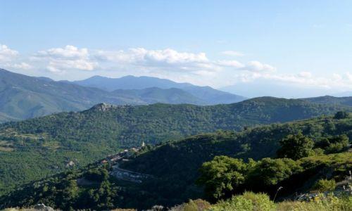 Zdjęcie FRANCJA / Korsyka / w głębi wyspy / trudna trasa ,grzbietami gór