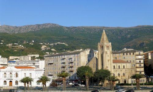 Zdjęcie FRANCJA / Korsyka / Bastia /  Bastia o poranku