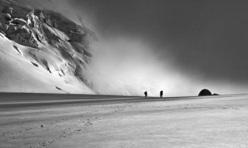 Zdjęcie FRANCJA / Chamonix / Col Du Midi / powrót z niebiosów