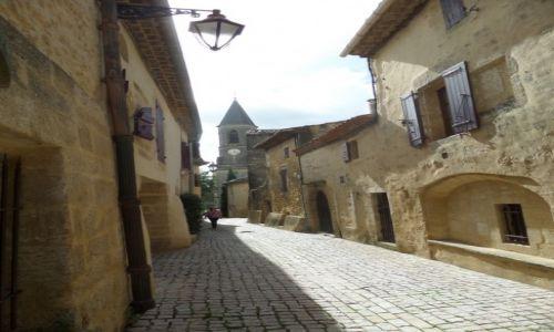 Zdjęcie FRANCJA / Langwedocja / Castillion du Gard / sredniowieczna wioska