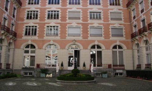 Zdjęcie FRANCJA / Midi-Pyrenees / Cauterets / rezydencja królowej Wiktorii