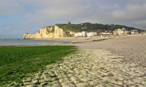 Zdjecie FRANCJA / Normandia / Etretat / odpływ...