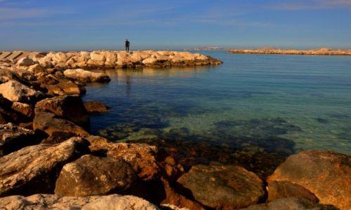 Zdjęcie FRANCJA / Prowansja / Marsylia / Wybrzeże w Marsylii