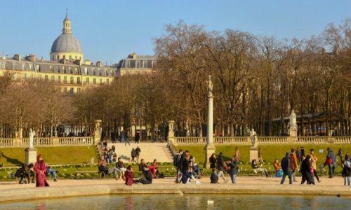 Zdjecie FRANCJA / - / Paryż / Tak odpoczywamy po pracy...