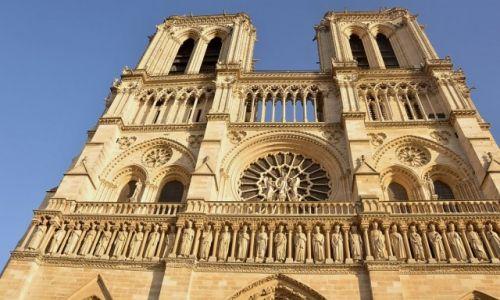 Zdjecie FRANCJA / - / Paryż / Notre Dame z bliska