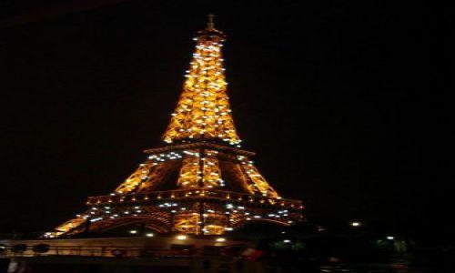 Zdjecie FRANCJA / brak / PARYŻ / Eiffel Tower - blinking