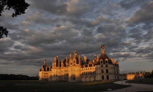 Zdjecie FRANCJA / Dolina Loary / Chmabord / Chambord o zachodzie słońca