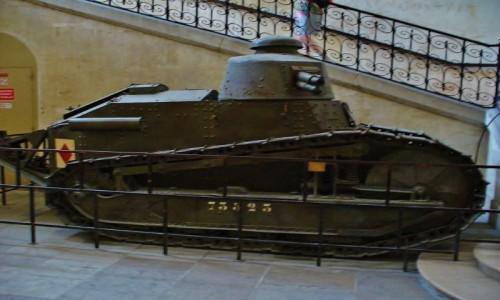 Zdjęcie FRANCJA / Ile de France / Paryż / Paryż, muzeum wojskowości