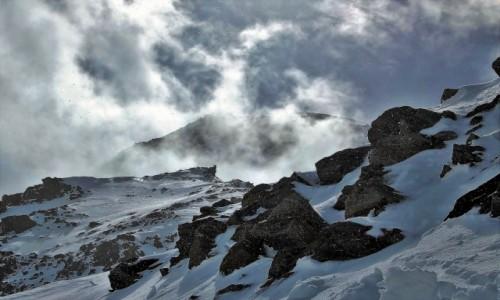 Zdjecie FRANCJA / Alpy Graickie / Mont Blanc / Sypnęło na pożegnanie