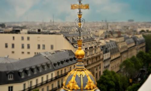 Zdjecie FRANCJA / - / Pary� / Na paryskim dac