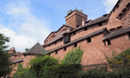 FRANCJA / Alzacja / niedaleko Orschwiller / Château du Haut-Kœnigsbourg..