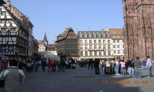 Zdjecie FRANCJA / Francja/Alzacja / Strasburg / uliczki