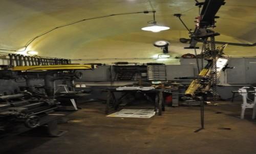 Zdjęcie FRANCJA / Alzacja / Schoenenbourg / Schoenenbourg, linia Maginota, warsztat naprawczy