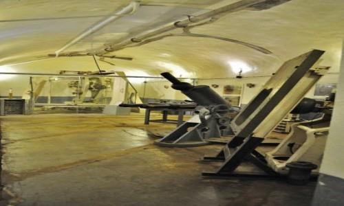 Zdjęcie FRANCJA / Alzacja / Schoenenbourg / Schoenenbourg, linia Maginota, artyleria