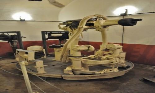 Zdjęcie FRANCJA / Alzacja / Schoenenbourg / Schoenenbourg, linia Maginota, artyleria forteczna