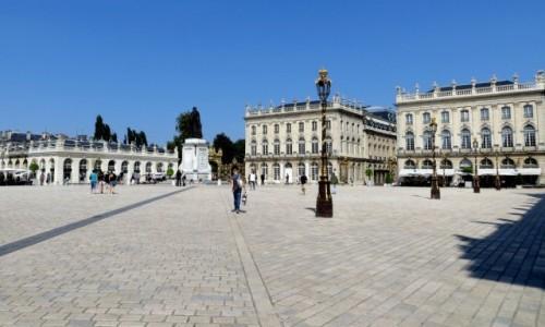 Zdjecie FRANCJA / Lotaryngia / Nancy / na placu króla