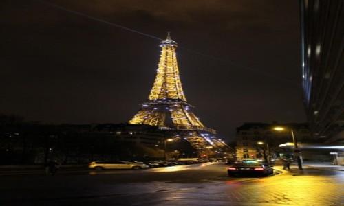 Zdjecie FRANCJA / Paryż / Centrum / Wieża Eiffla Nocą
