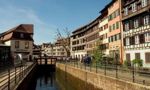 Zdjecie FRANCJA / Alzacja / Strasburg, Petite France / słoneczny Strasburg...
