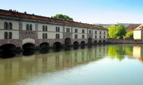 FRANCJA / Alzacja / Strasburg / Barrage Vauban...