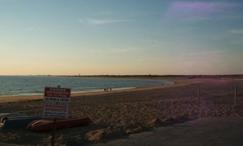 Zdjecie FRANCJA / - / Les Sables-d'Olonne / Plaża wieczorem