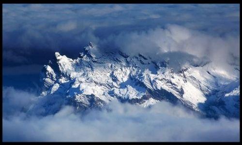 Zdjecie FRANCJA / Alpy Graickie / Masyw Mont Blanc / Tam jest łatwiej...życ
