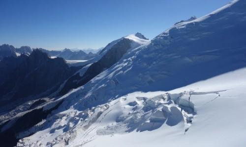 Zdjecie FRANCJA / Alpy / Masyw Mont Blanc / Spękana.