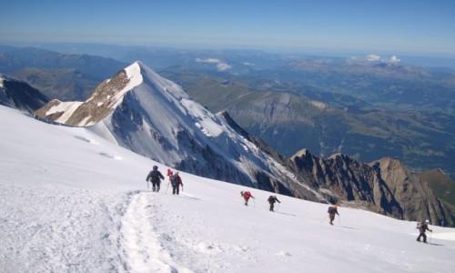 Zdjecie FRANCJA / Alpy / Masyw Mont Blanc / Schodząc ze szczytu.