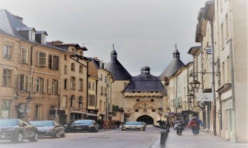 Zdjecie FRANCJA / Lotaryngia / Nancy / Porte de la Craffe...