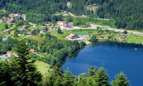 Zdjecie FRANCJA / Lotaryngia / nad jeziorem Gerardmer / Gerardmer...