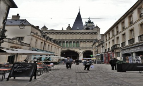 Zdjecie FRANCJA / Burgundia / Dijon / Dijon, zakamarki